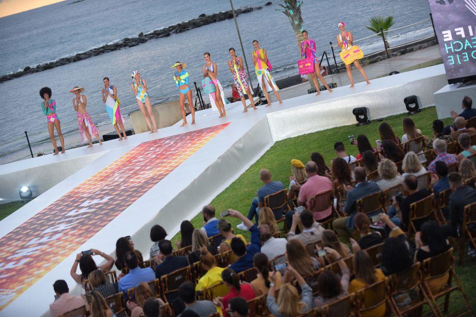 'Tenerife Fashion Beach Costa Adeje' consolida en la Isla la unión del sector textil, turismo y desarrollo económico